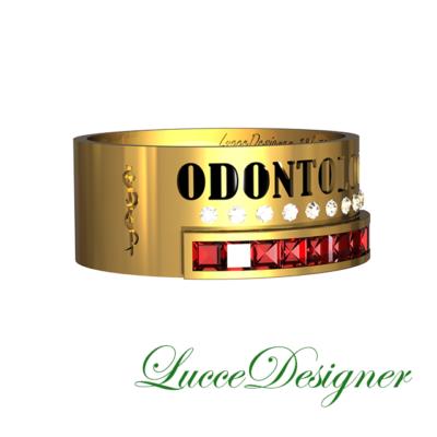 bd3ff639f73 Versão de Odontologia do Anel de Ouro 18k 750. Possui dois símbolos de  odontologia